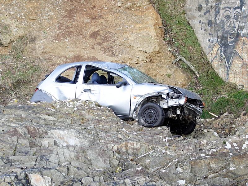 Car crash at Pendennis Point